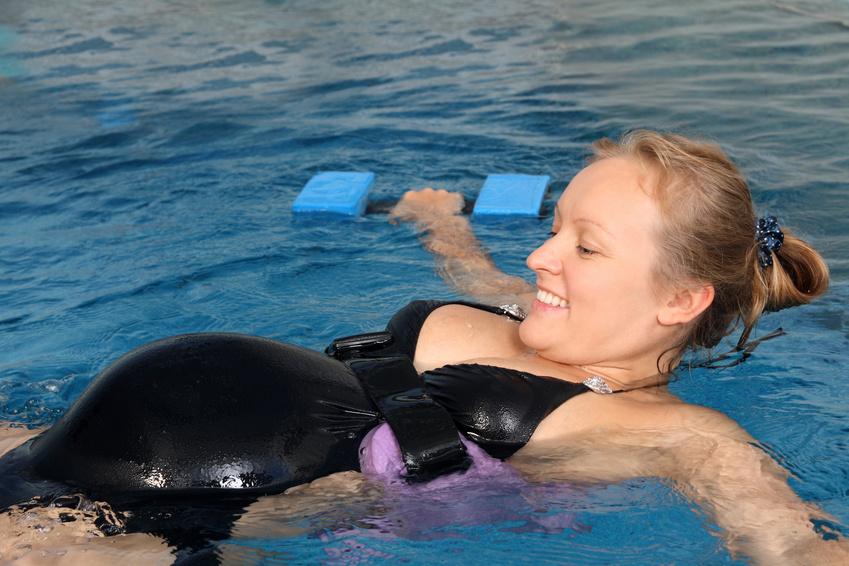 femmes enceintes et sport aquatiques